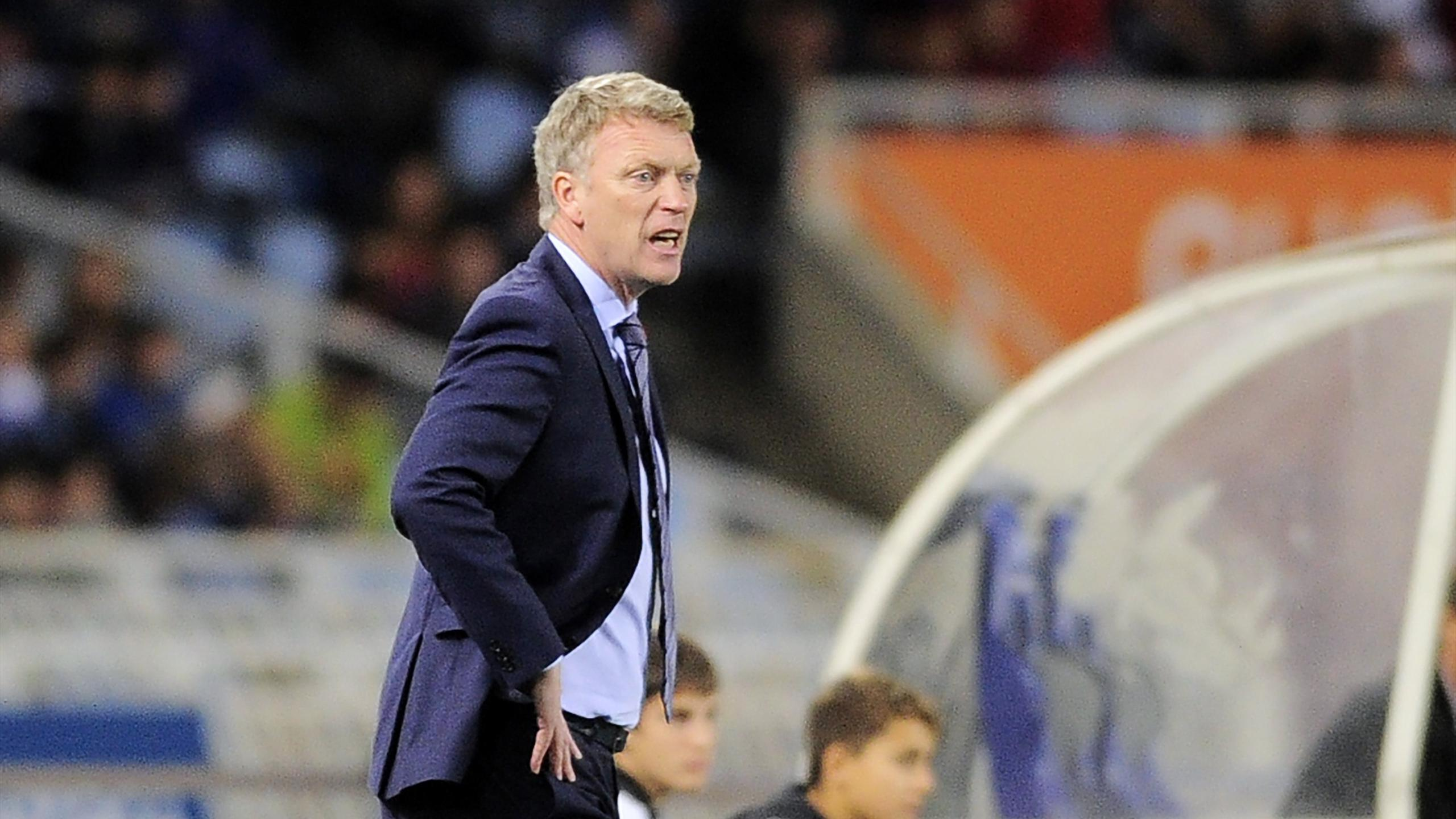 Real Sociedad's Scottish coach David Moyes walks along the sidelines during the Spanish league football match Real Sociedad de Futbol vs Celta Vigo at the Anoeta stadium in San Sebastian on October 31, 2015.