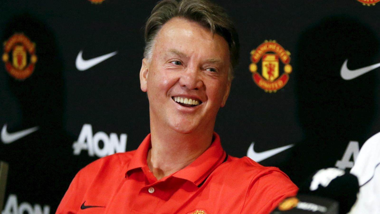 Louis van Gaal: I do nothing, and get paid a huge amount ...