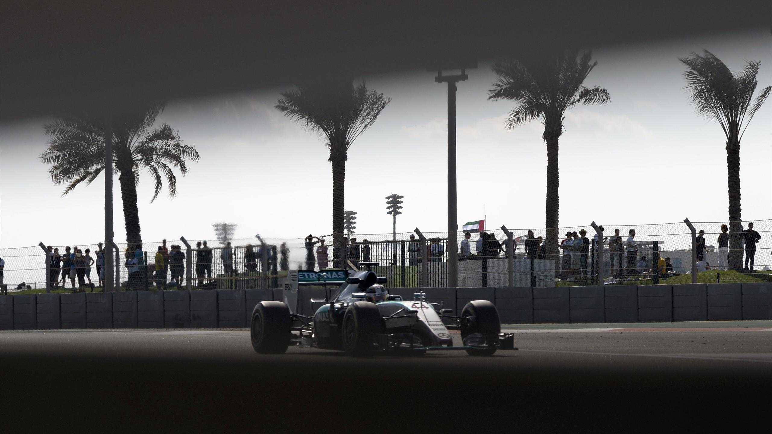 Mercedes AMG Petronas F1 Team's British driver Lewis Hamilton drives during the first practice session at the Yas Marina circuit in Abu Dhabi on November 27, 2015 ahead of the Abu Dhabi Formula One Grand Prix