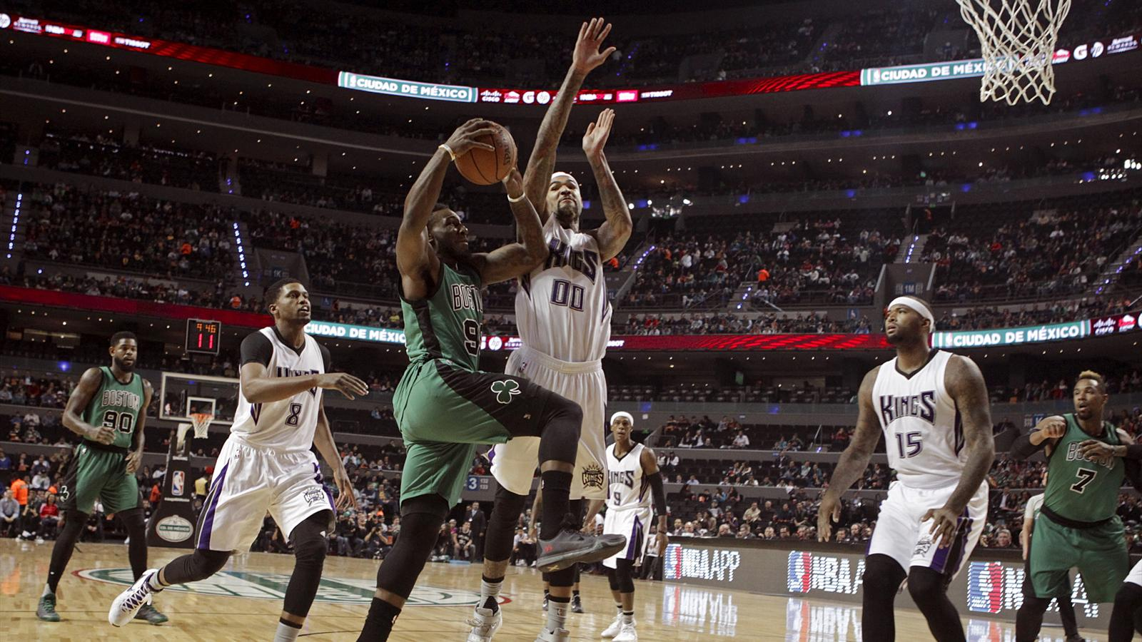 Jae Crowder of the Boston Celtics challenges the Sacramento Kings defence