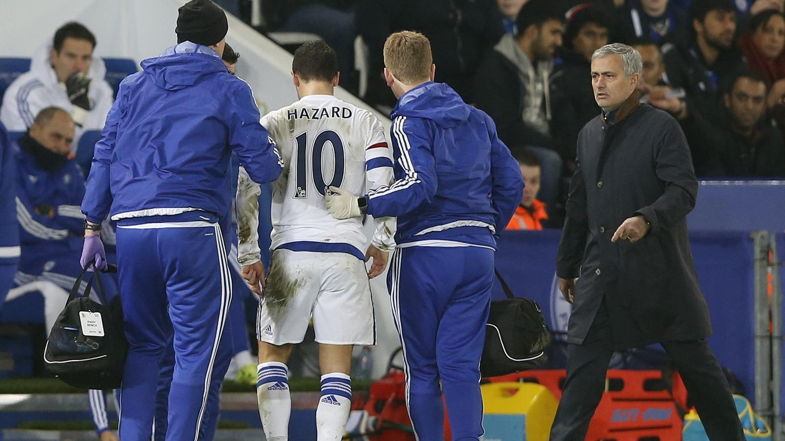 Chelsea's Eden Hazard goes off injured as manager Jose Mourinho looks on