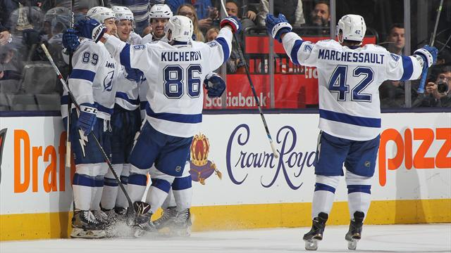 Lightning beat Islanders 4-1 to even series after two games