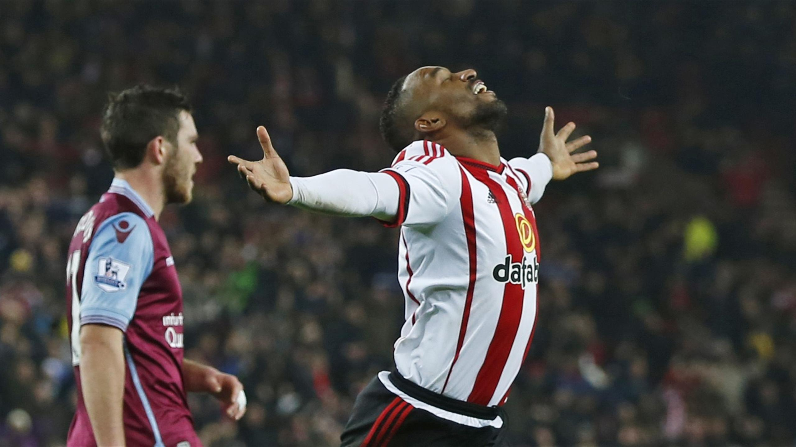 Jermain Defoe celebrates scoring for Sunderland against Aston Villa