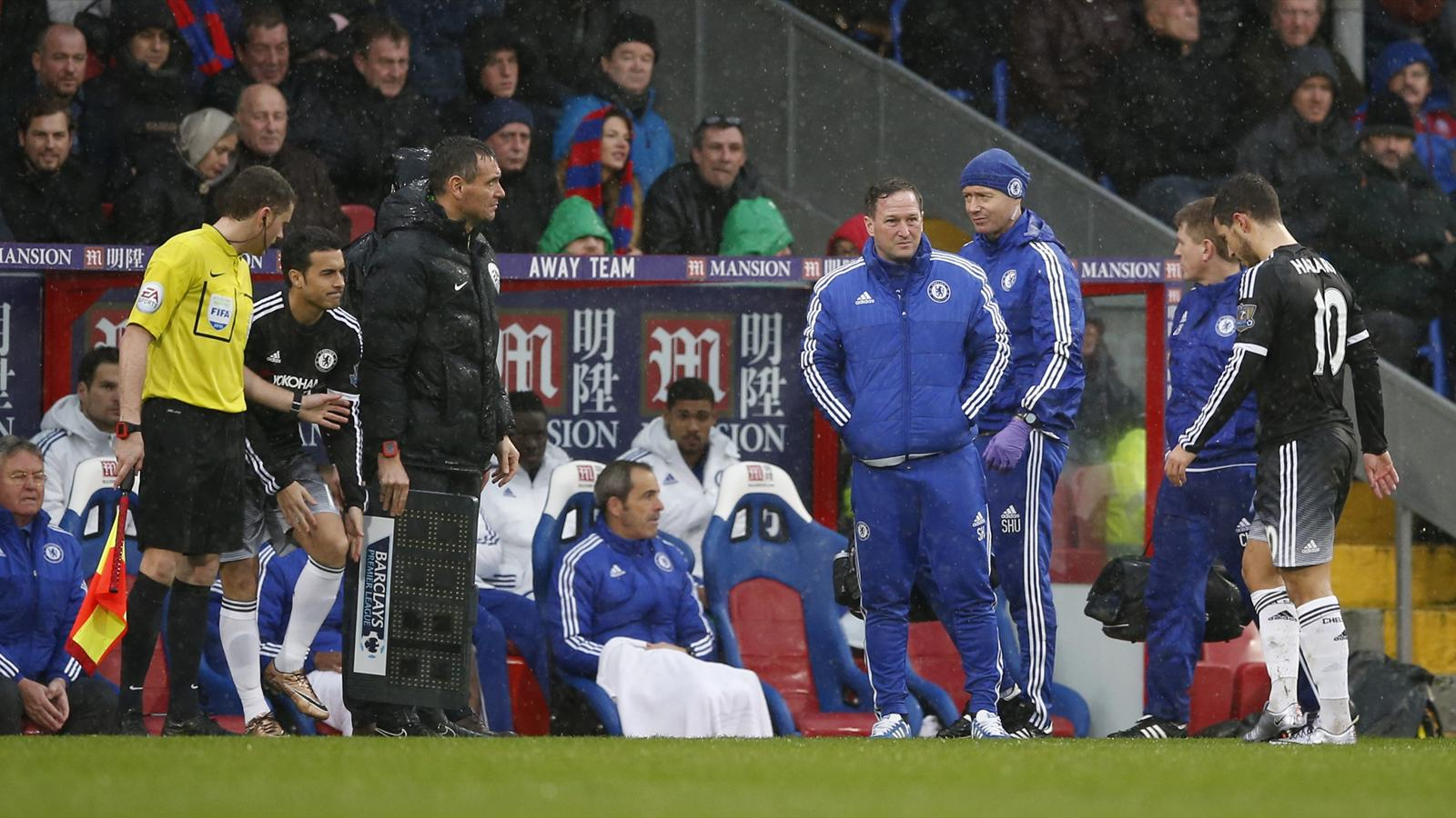 Chelsea's Eden Hazard looks dejected as he is subtituted after sustaining an injury against Crystal Palace