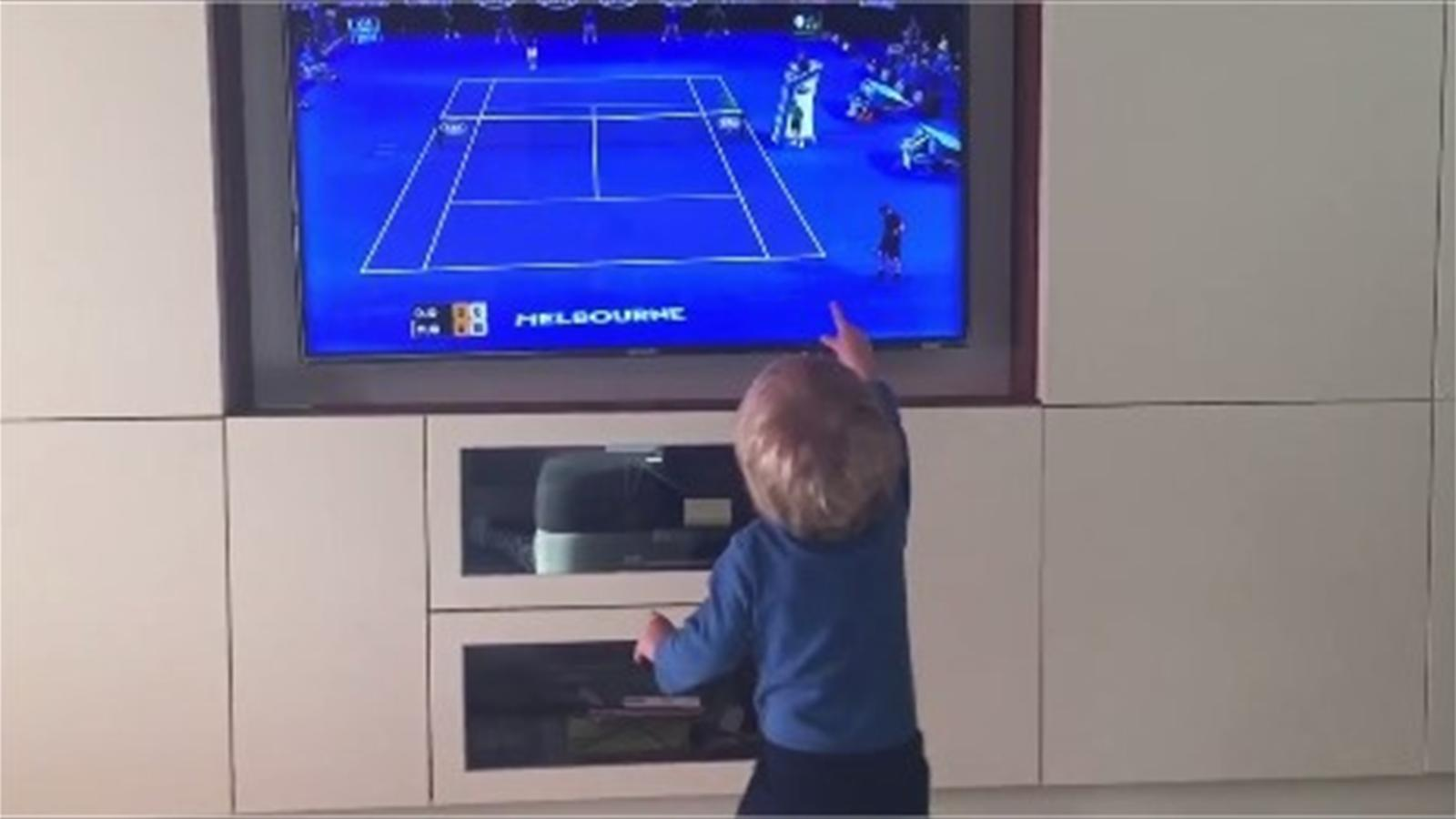 Novak Djokovic's son Stefan in front of TV (Twitter)