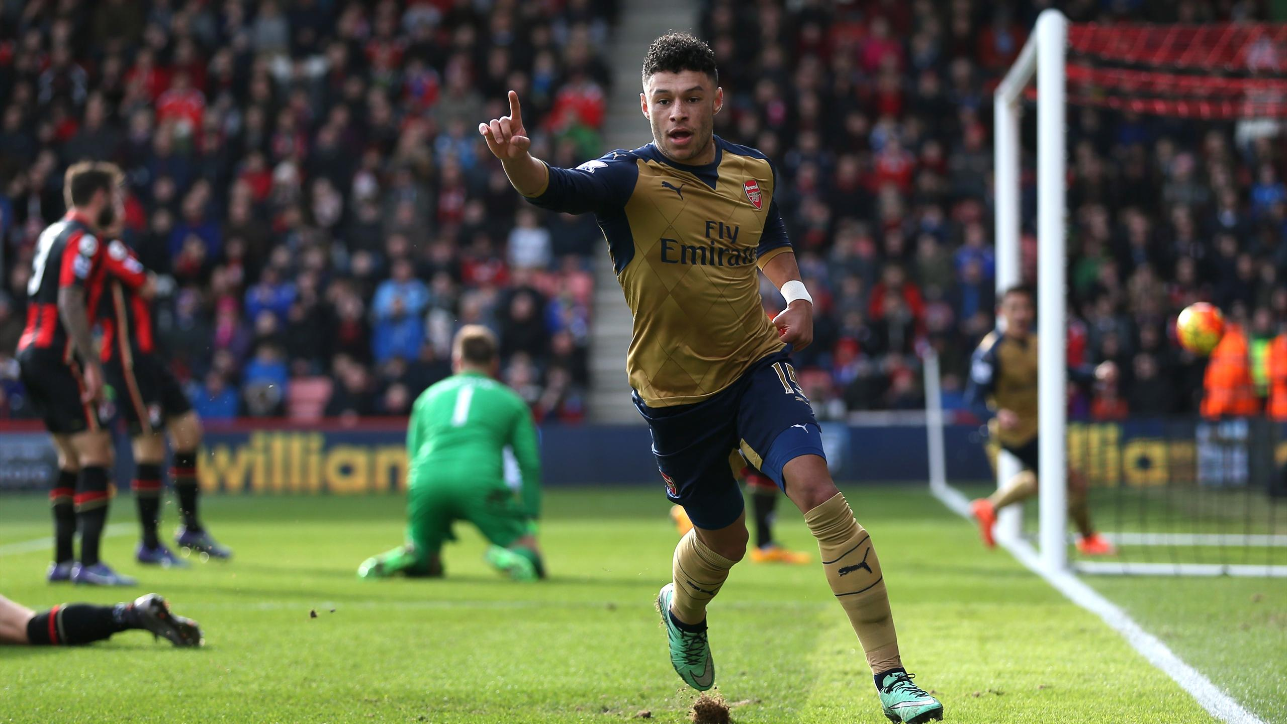 Alex Oxlade-Chamberlain celebrates scoring for Arsenal against Bournemouth