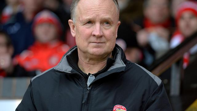 Head coach Sean O'Driscoll leaves faltering Walsall