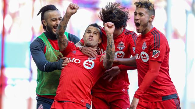 Giovinco makes winning start to season with Toronto