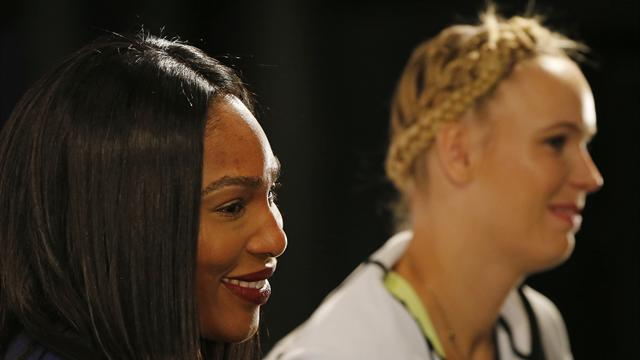 "Williams salue le ""courage"" de Sharapova, Hénin s'interroge"