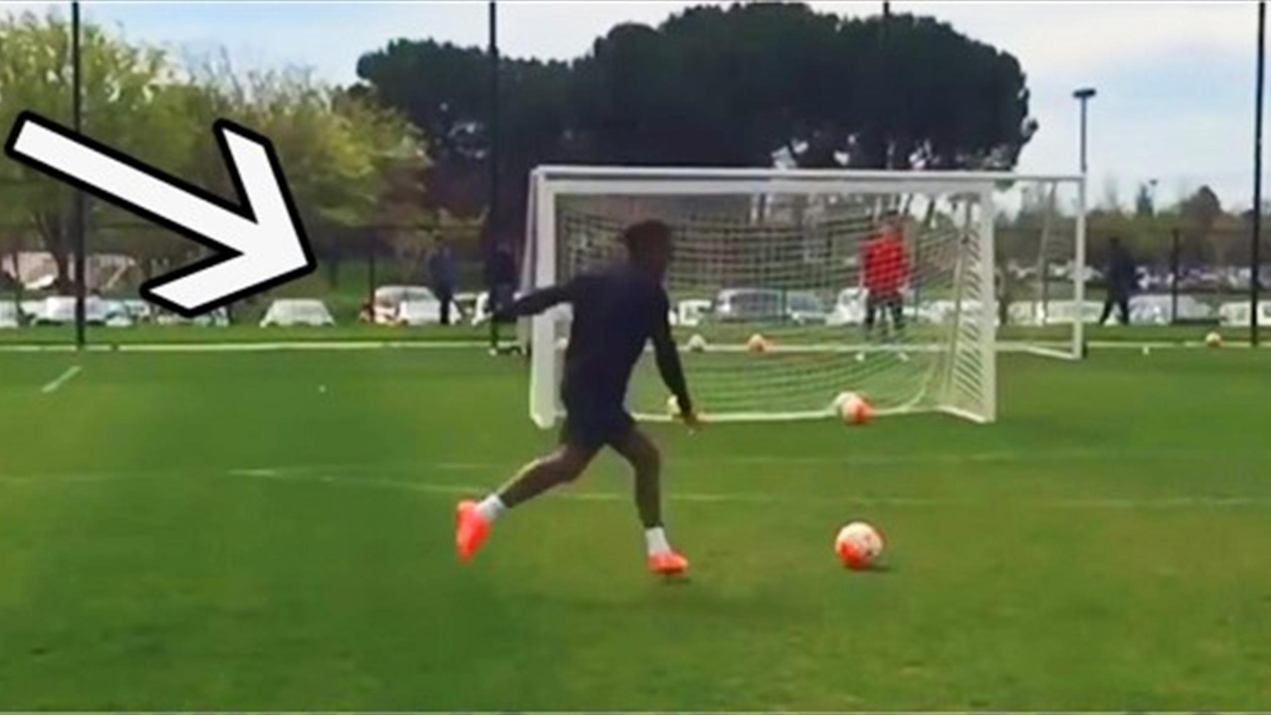 Didier Drogba of Montreal Impact scores a free-kick in training (Youtube)