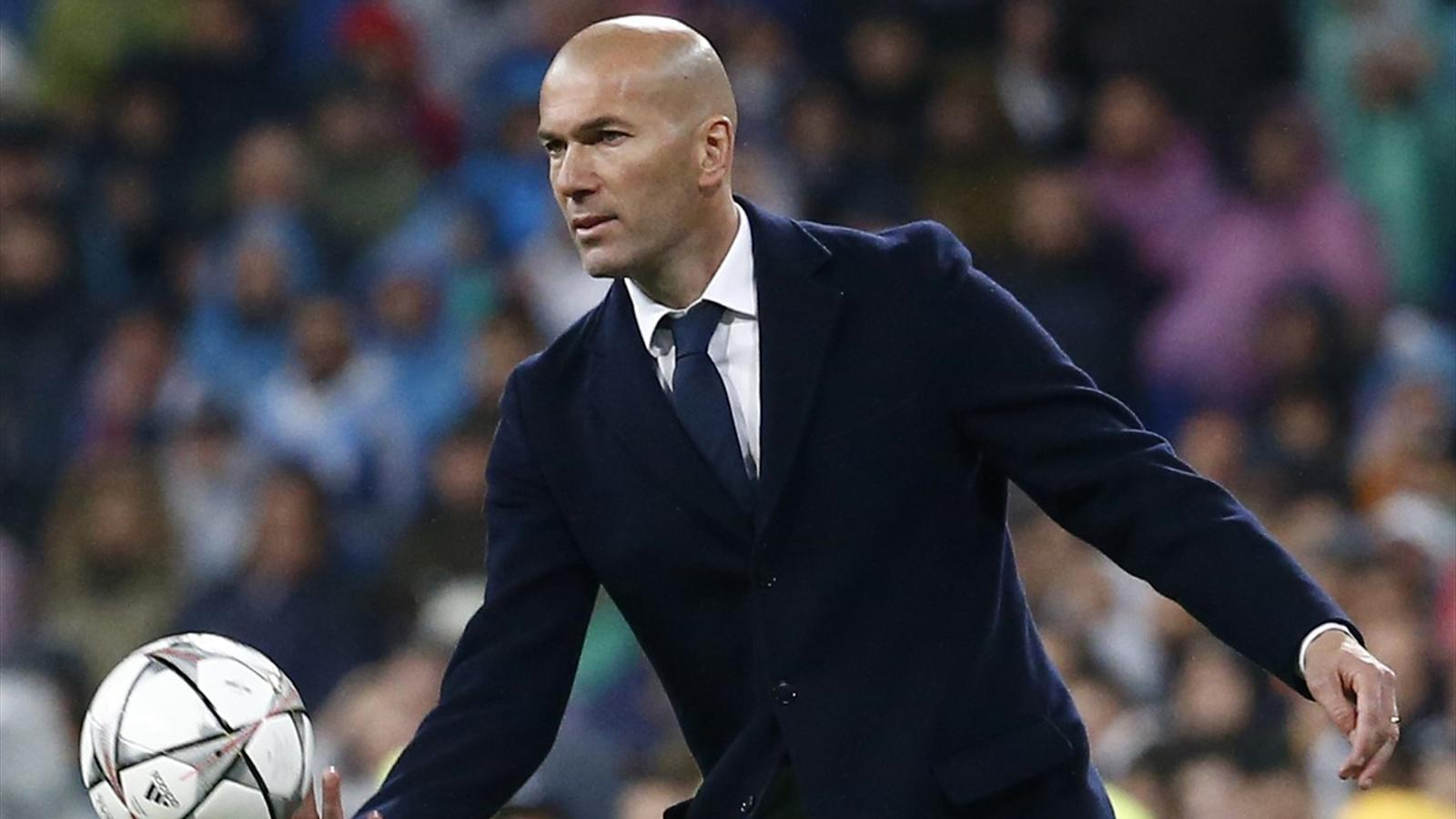 Zinedine Zidane: Real Madird can pip Barcelona to title in season finale - Liga 2015-2016 - Football - Eurosport Asia