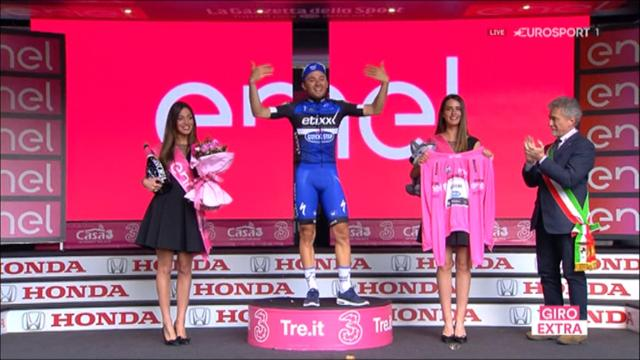 Emotional Brambilla is presented with maglia rosa