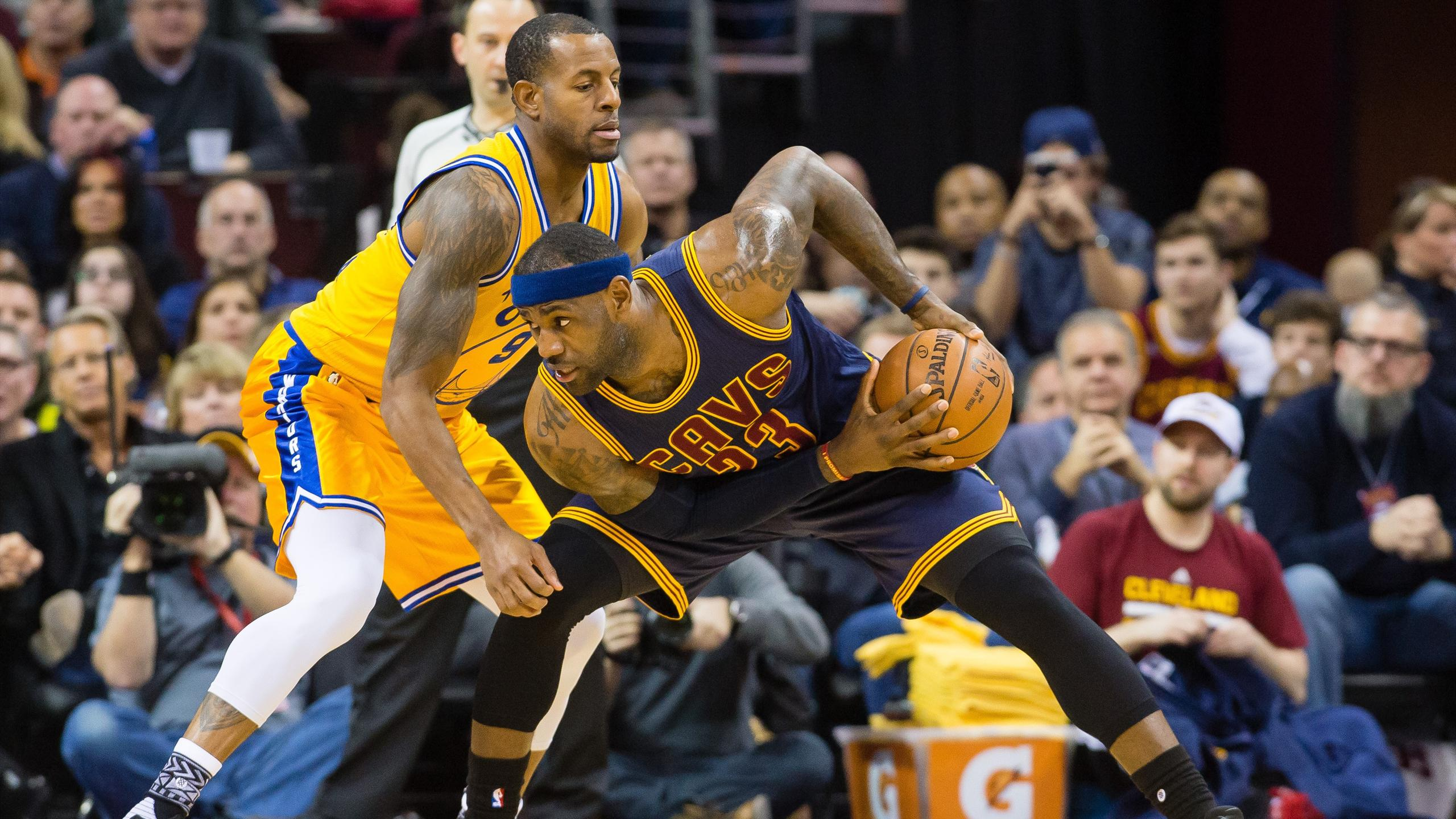 LeBron James, Andre Iguodala, Cleveland Cavaliers, Golden State Warriors, NBA 2015-16 (AFP)