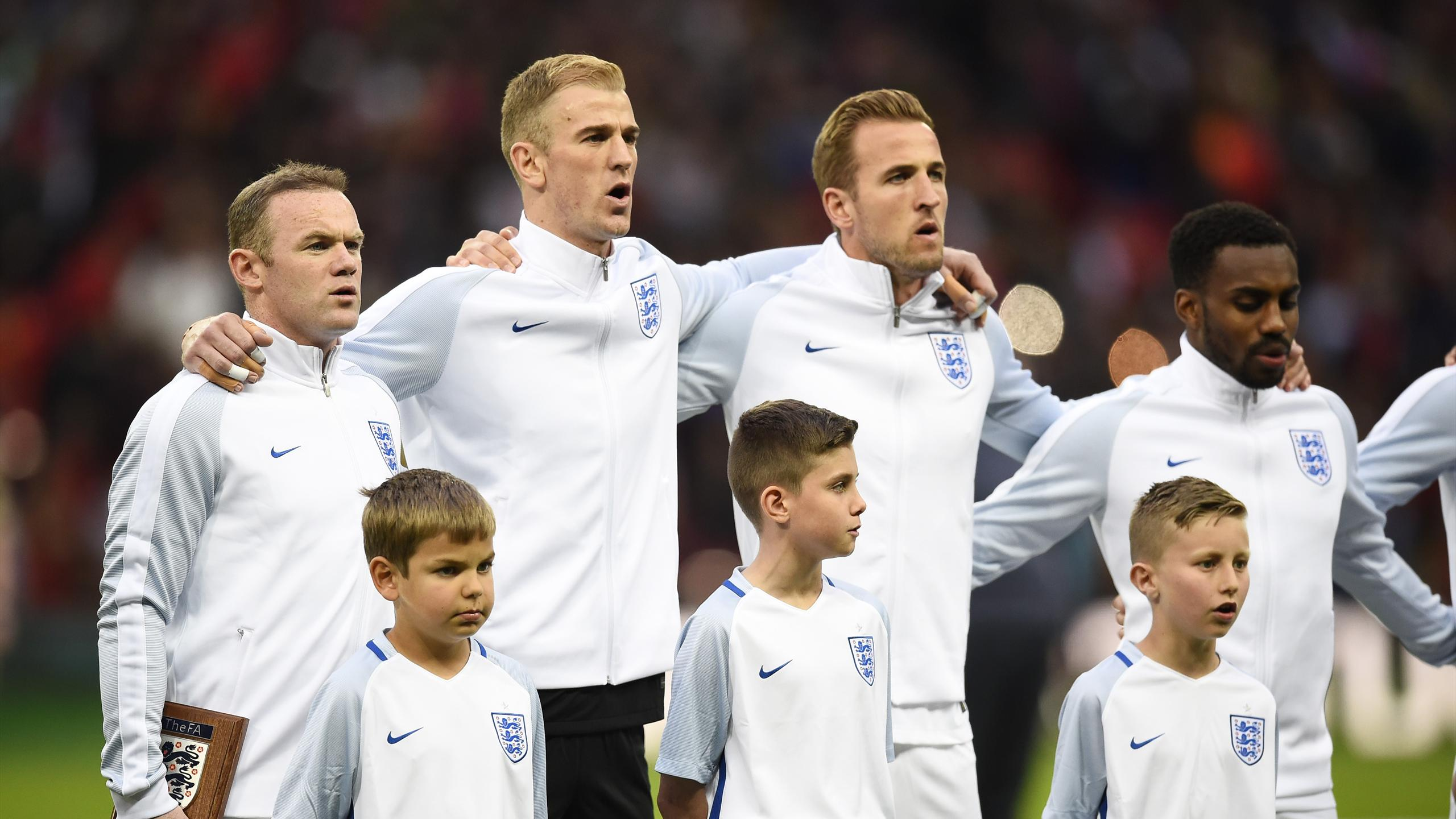 England's Wayne Rooney, Joe Hart, Harry Kane and Danny Rose before the match against Portugal
