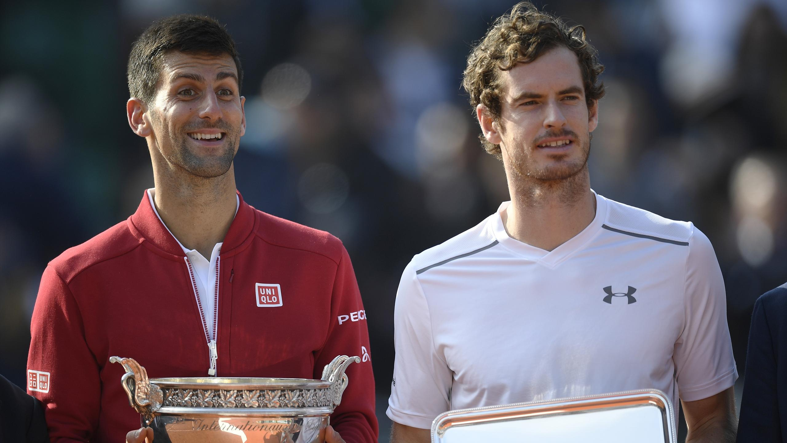 Serbia's Novak Djokovic (L) and Britain's Andy Murray