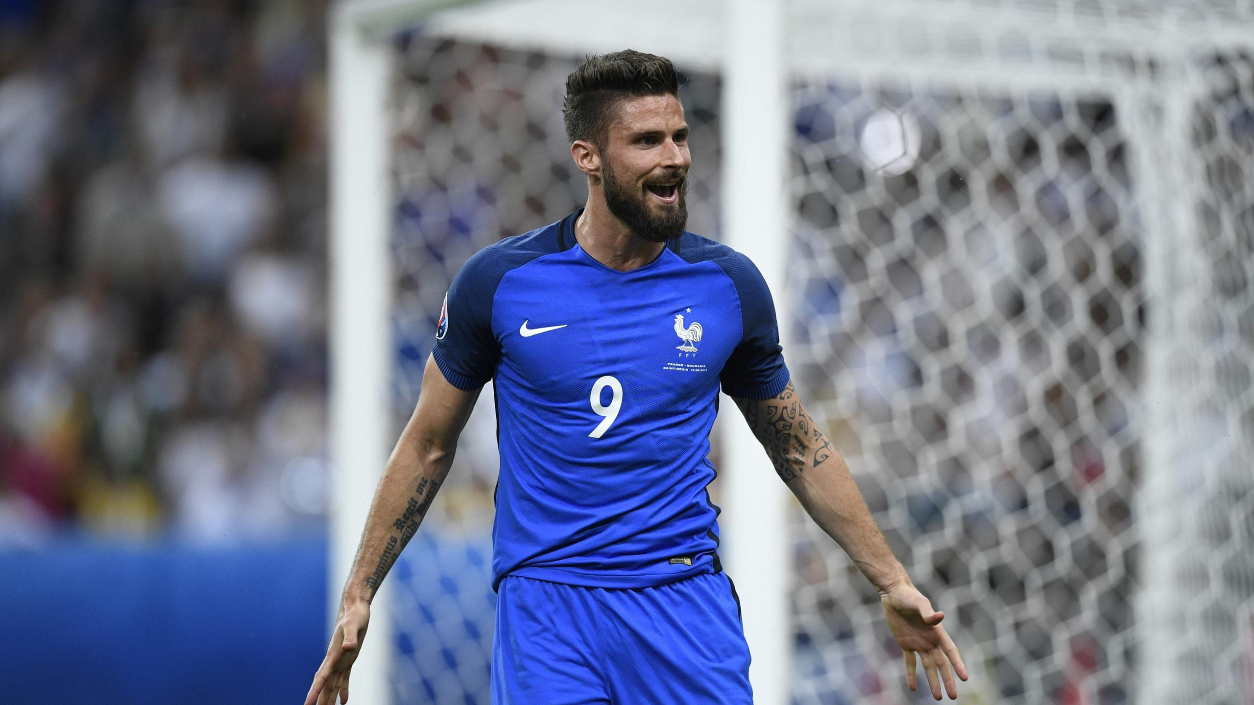 France's forward Olivier Giroud reacts during the Euro 2016 group A football match between France and Romania