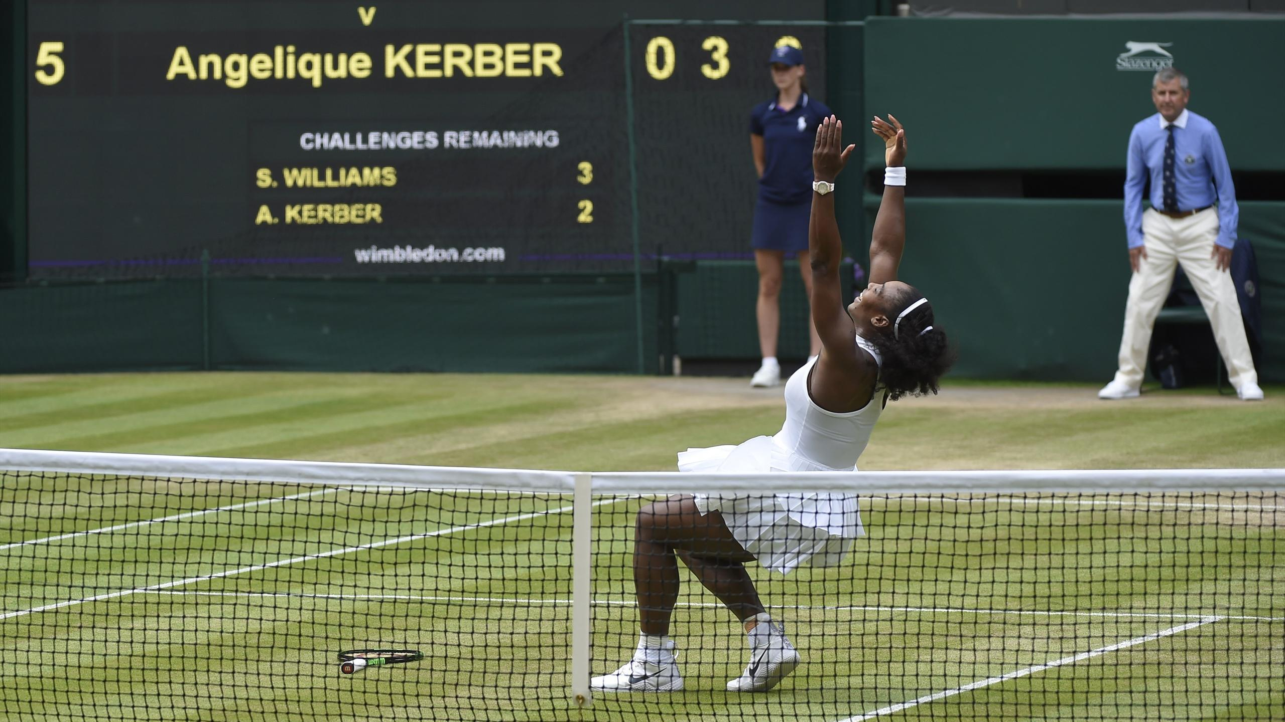 Serena Williams celebrates winning her womens singles final match against Germany's Angelique Kerber
