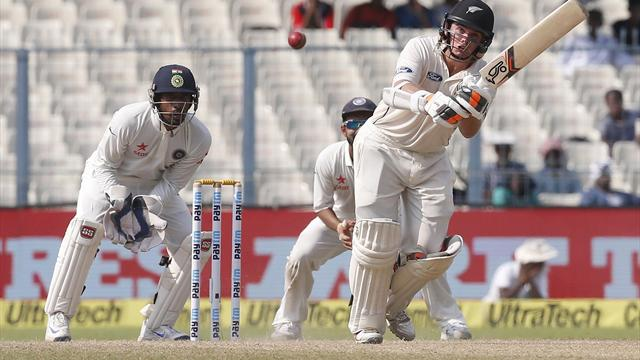 India stretches lead to 222 in 2nd test v New Zealand