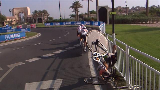Koster's suffers terrible fall after losing control of bike in Doha heat