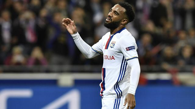 "Genesio : ""Lacazette vit des moments très difficiles"""