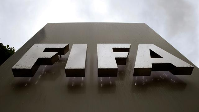 Ex-sports marketing executive to plead guilty in FIFA bribe case