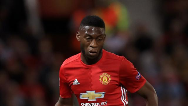 Timothy Fosu-Mensah signs new long-term deal at Manchester United