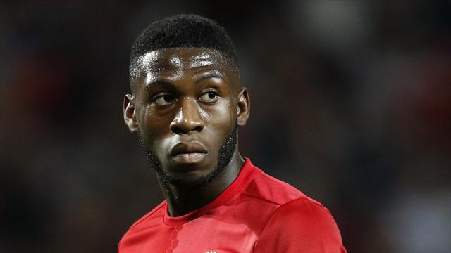 Fosu-Mensah signs new four year contract with Manchester United