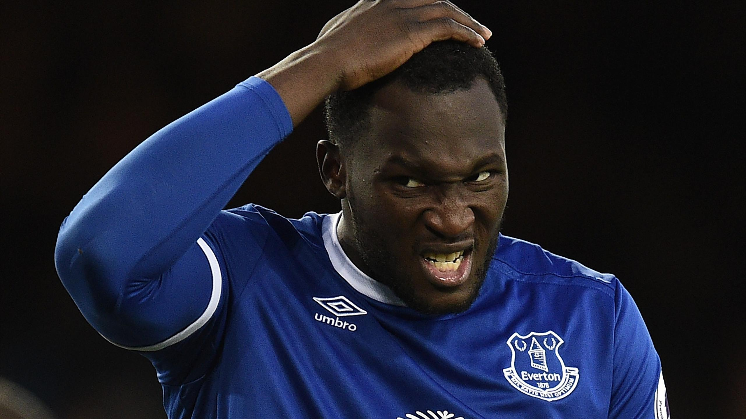 Everton's Belgian striker Romelu Lukaku reacts after missing a chance to score