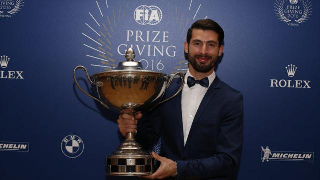 Champion López receives WTCC Nürburgring Nordschleife Best Driver Trophy at Essen Motor Show