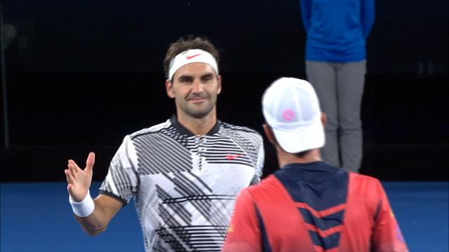 Highlights: Federer comes through in four against Melzer