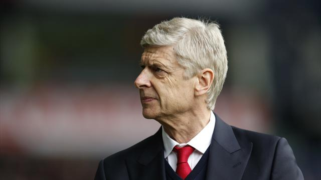 Paper Round: Arsene Wenger to STAY at Arsenal
