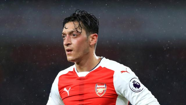 Weigl out as Ozil misses Germany training