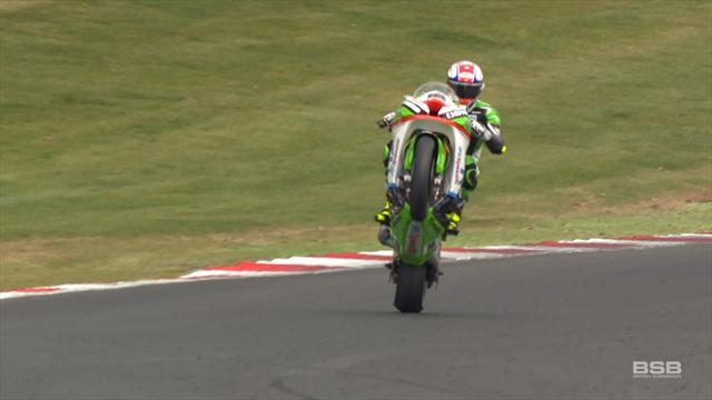 Mossey breaks his duck at Brands Hatch