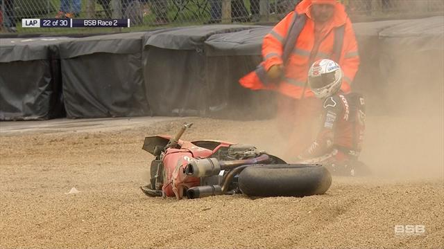 'Easy mistake to make!' - Irwin slides into gravel after crash