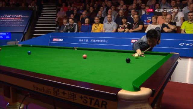 Never change - Liang Wenbo entertains as he wins final frame of session against Ding Junhui