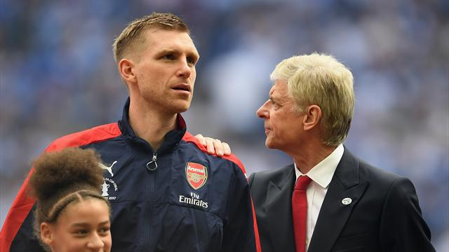 Wenger coaching future in the dark as Arsenal verdict looms