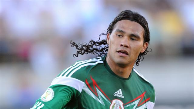 Rangers set to complete swoop for midfielder Carlos Pena