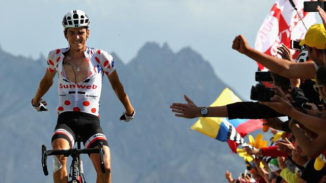 Tour de France: Chris Froome closes in on fourth title