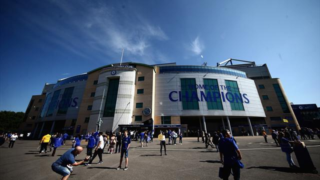 Chelsea fans must stop anti-Semitic chants – or risk points deduction