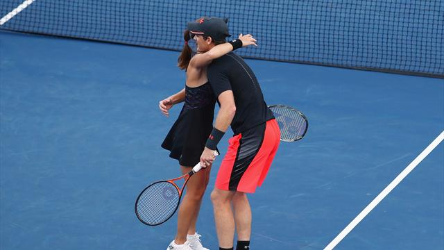 Murray, Hingis win mixed doubles title