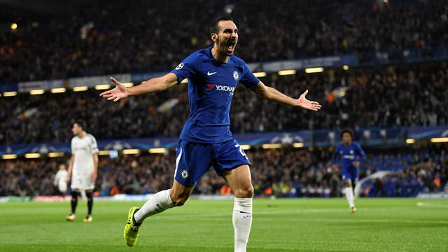 Chelsea hit Qarabag for six in crushing opening win