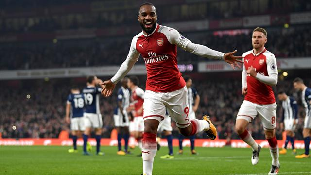 Un Lacazette canon et Arsenal se replace