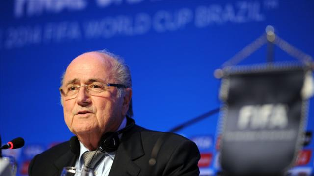 Putin invites Sepp Blatter to 2018 World Cup
